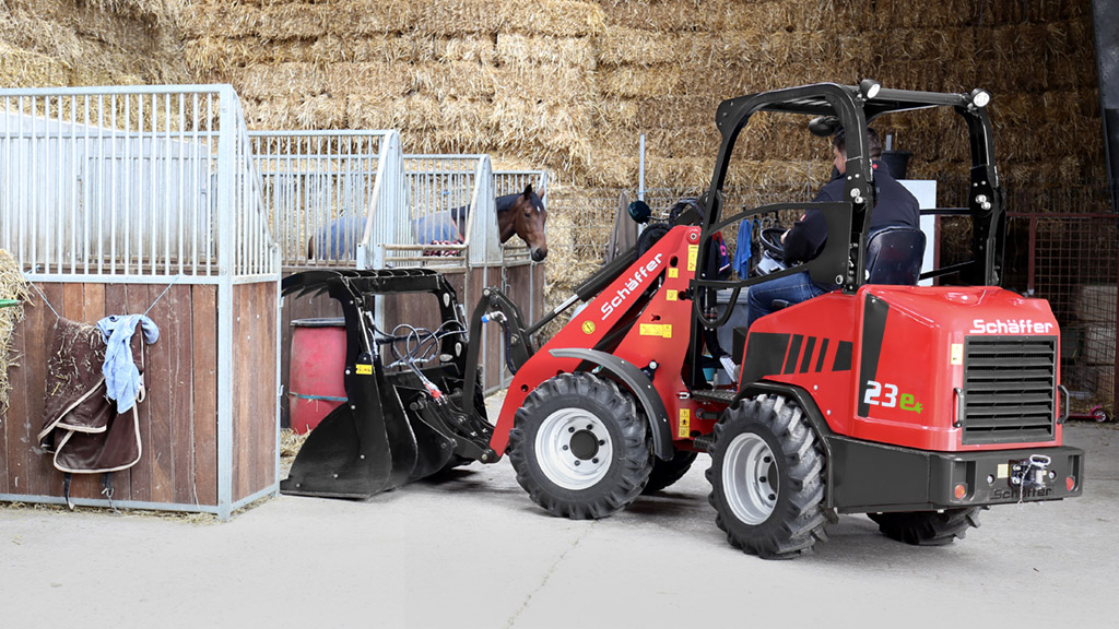 sch ffer 23e first yard loader with lithium ion battery. Black Bedroom Furniture Sets. Home Design Ideas